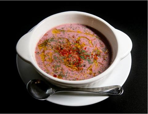 ポタージュスープ(季節によって変わります)、クラッカー付き